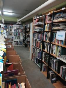 Boekenkelder wordt verkoopruimt